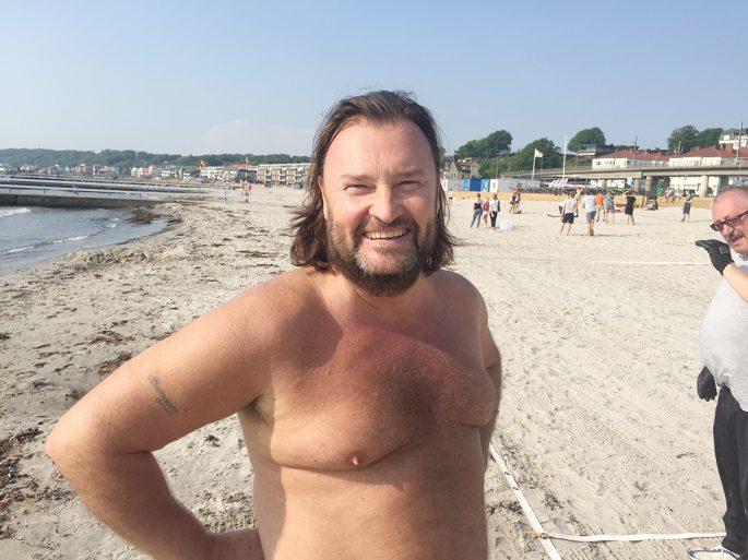 Bengt Jönsson, ungdomsansvarig i OV Helsingborg, brinner för beachhandbollen.
