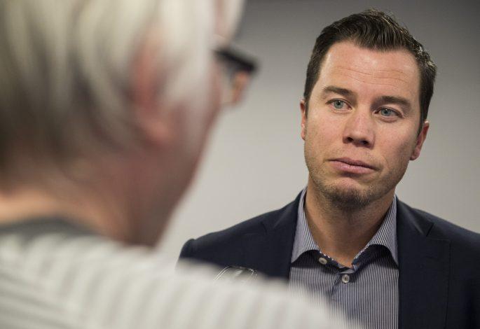 Ole Törner frågar ut Daniel Andersson. Foto: Bildbyrån