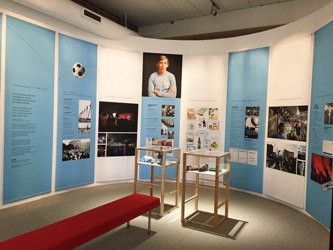 En liten utsällning om supporterlivet kring Malmö FF finns just nu att beskåda på Malmö museer.       Foto: Ole Törner