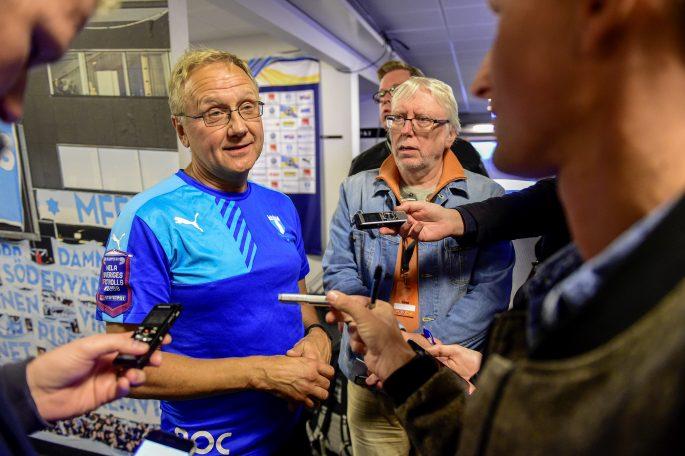 160925 Malmš FFs lŠkare PŠr Herbertsson intervjuas efter fotbollsmatchen i Allsvenskan mellan Malmš FF och Helsingborg den 25 september 2016 i Malmš. Foto: Petter Arvidson / BILDBYRN / kod PA / 91493
