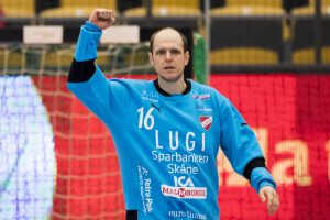 161118 Lugis målvakt Oscar Jensen jublar under handbollsmatchen i Handbollsligan mellan LUGI och IFK Ystad 18 november 2016 i Lund. Foto: Ludvig Thunman / BILDBYRÅN / kod LT / 35267