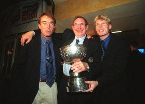 SM-guld med HBK 1997. Tom Prahl, ordföranden Stig Nilsson och Mats Lilienberg.