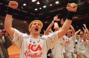 17 år sedan. Redbergslid slog Drott i SM-finalen och Jerry Hallbäck firade. Den känslan vill han åt igen...