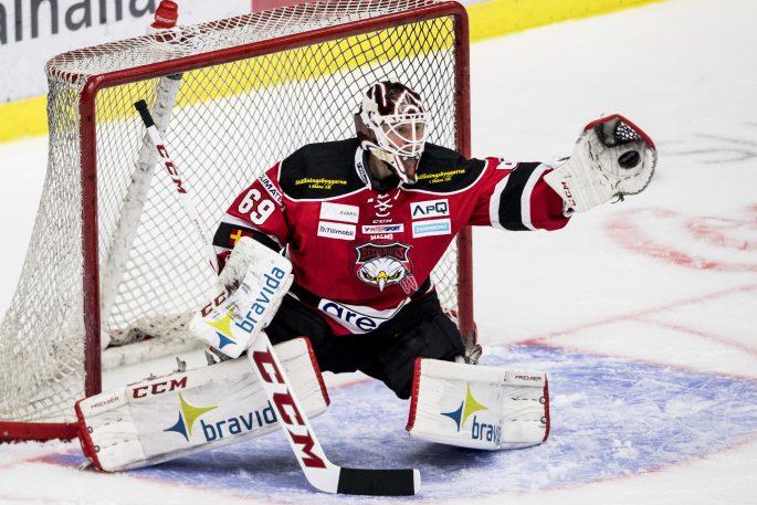 170403 Malmš Redhawks mŒlvakt Oscar Alsenfelt under semifinal 2 i SM-slutspelet i ishockey mellan Malmš Redhawks och HV71 den 3 april 2017 i Malmš. Foto: Petter Arvidson / BILDBYRN / kod PA / 91752
