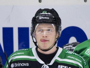 121113 Ishockey, elitserien, Ršgle - AIK: 2 mŒl, Ted BrithŽn, Ršgle, slickar sig om munnen © BildbyrŒn - 64169 - Foto: Lennart MŒnsson/BILDBYRN