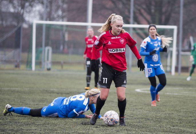 170226 LB07:s Iina Salmi under trŠningsmatchen i fotboll mellan LB07 och IFK Kalmar den 26 Februari 2017 i Malmš. Foto: Daniel Nilsson / BILDBYRN / Cop 42