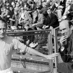 680415 Fotboll, Allsvenskan, AIK - Malmš, 0-1: Malmšs Ingvar Svahn och trŠnare Antonio Duran. Foto: BILDBYRN / IBLA6801