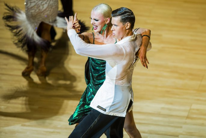 160604 Dansparet Jacob Persson och Linn Hegdal under finalen i latinodans i Dans-SM den 4 juni 2016 i Helsingborg. Foto: Mathilda Ahlberg / BILDBYRN / Cop 178