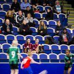 170103 Publik tittar pŒ match under ungdomsturneringen SkŒnecupen i fotboll den 3 januari 2017 i Malmš.  Foto: Mathilda Ahlberg / BILDBYRN / Cop 178